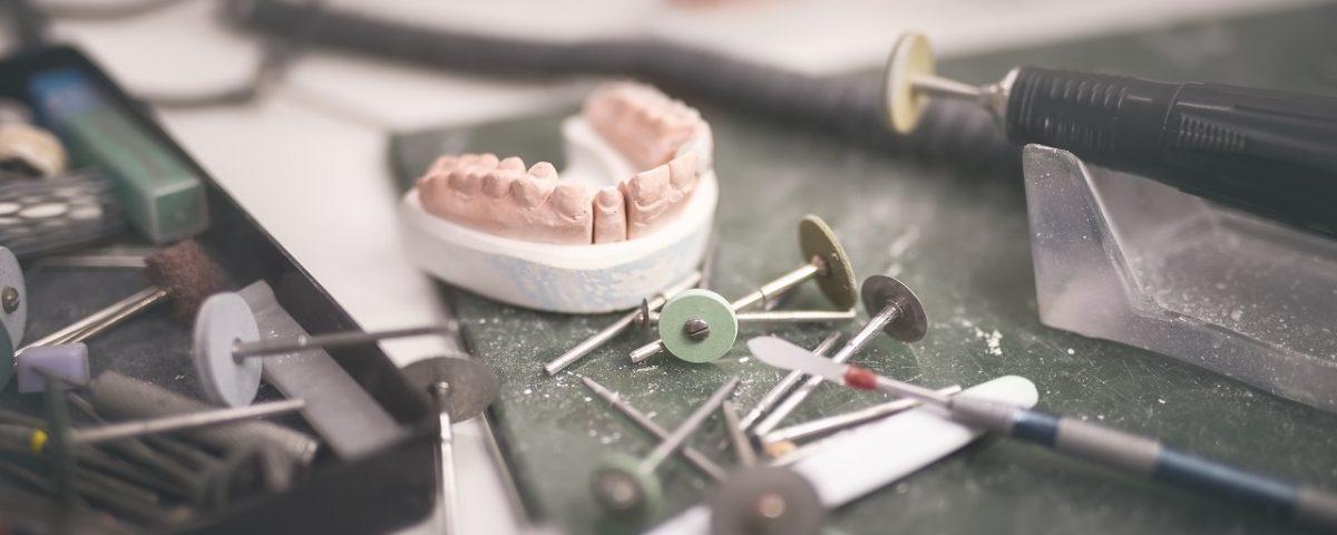 fournisseur et matériel de prothésistes dentaire